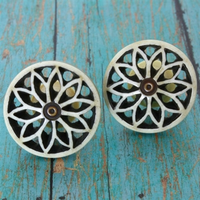 Round Floral Hand Carved Resin Knob For Dresser Drawers